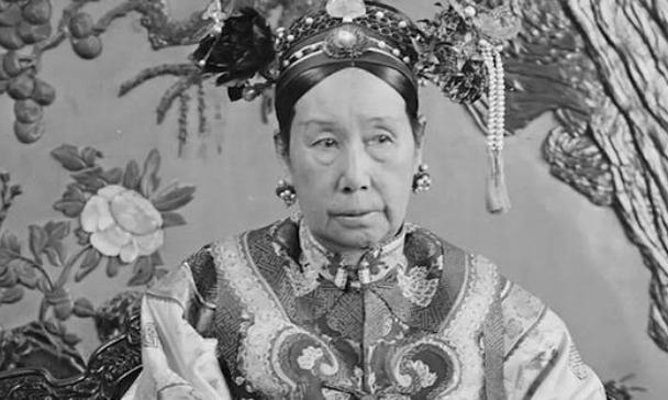 """晚清第一""""败家女"""",一个翡翠簪子卖了4500万港元!"""