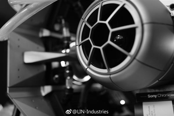 林俊杰晒星战定制主机:重达近150斤 王思聪送的Titan V的照片 - 2