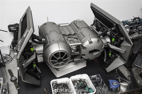 林俊杰晒星战定制主机:重达近150斤 王思聪送的Titan V的照片 - 4