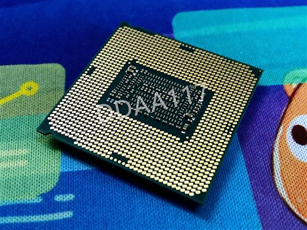 Intel处理器40周年纪念版i7-8086K曝光跑分:加速5.1GHz的照片 - 7