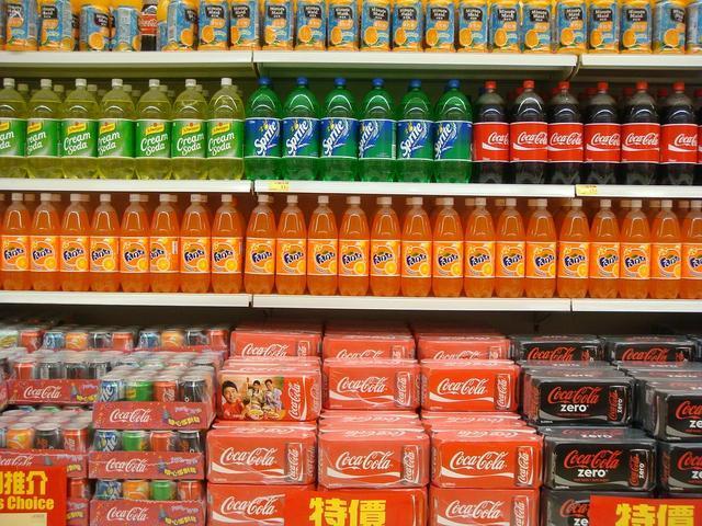 连可口可乐都卖不出去了,百年可乐到底做错了什么?