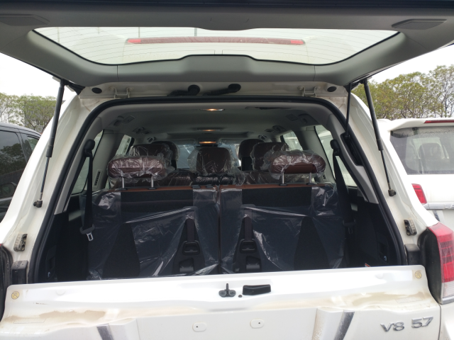 丰田酷路泽5700进口V8越野SUV七座配置丰田酷路泽57L最新报多少_