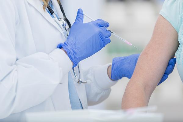 九价疫苗对女生要求是16岁至26岁女性且期间不能有性行为,有必要打吗