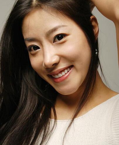 韩国演艺圈悲惨事件,盘点那些因为潜规则自杀的明星万博体育