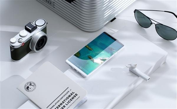 """""""全世界最好看的白色手机""""坚果R1官方图赏"""