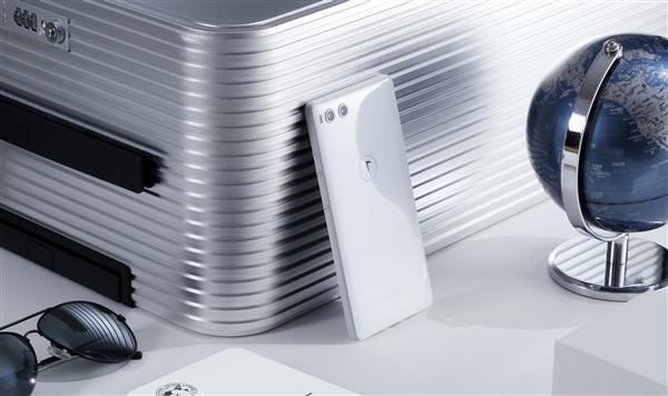"""""""全世界最好看的白色手机""""坚果R1官方图赏的照片 - 2"""