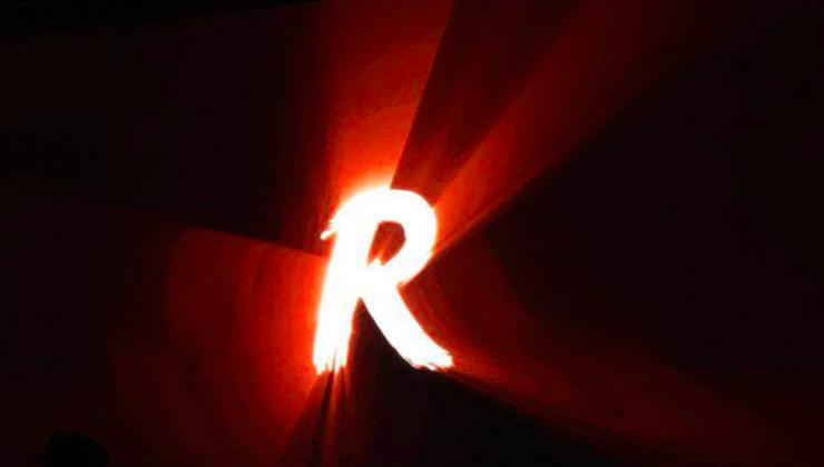Smartisan R1是真旗舰 但坚果TNT工作站真的是革命性产品吗?