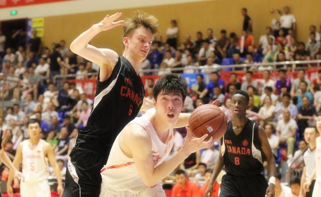 U18国青男篮热身第三次击败加拿大 郭昊文23分