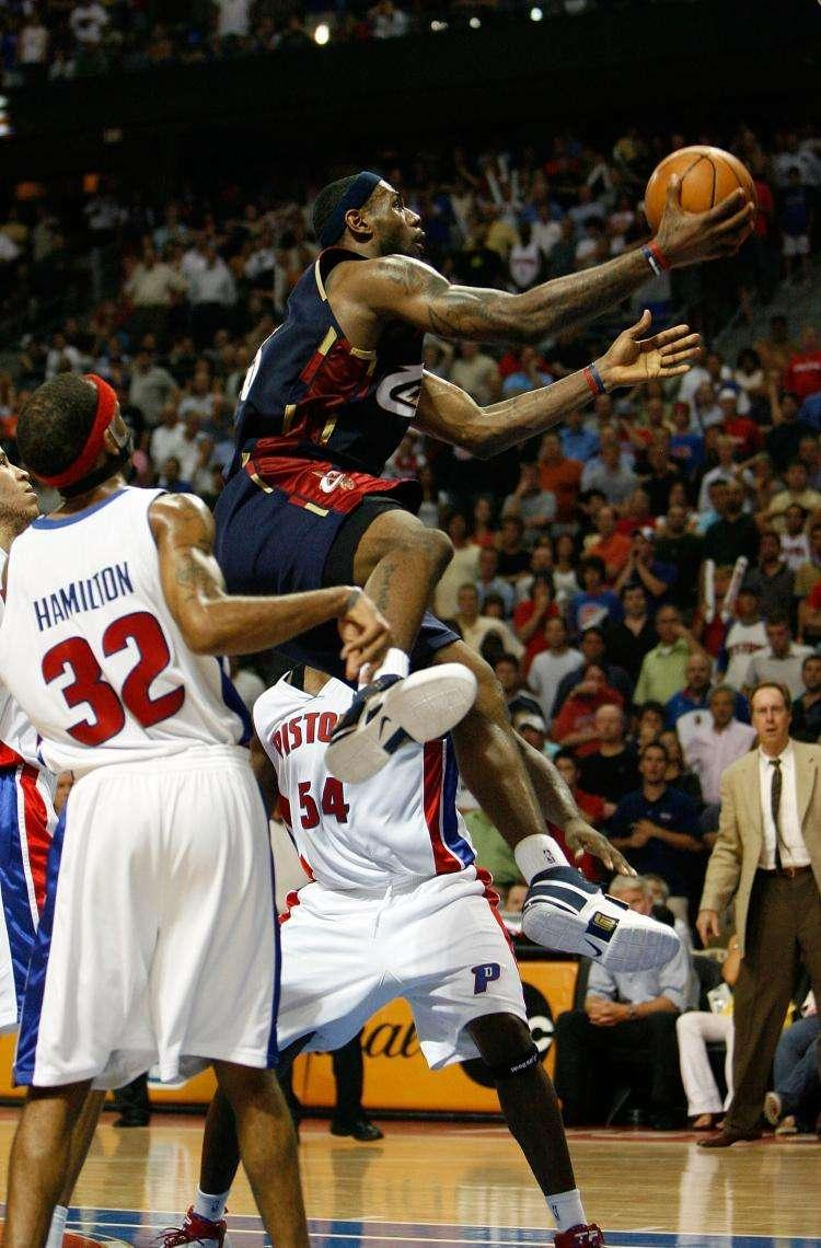 盘点NBA历史上的3次东部决赛0比2翻盘 骑士能否再现辉煌