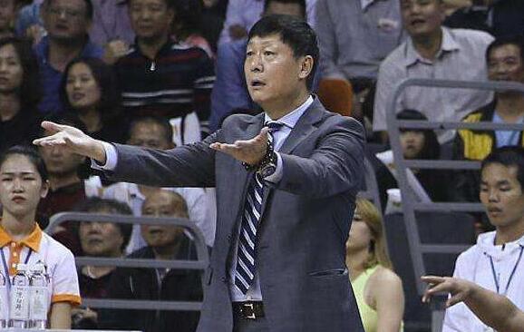 李秋平重拾上海男篮教鞭 签约两年刘炜有望回归