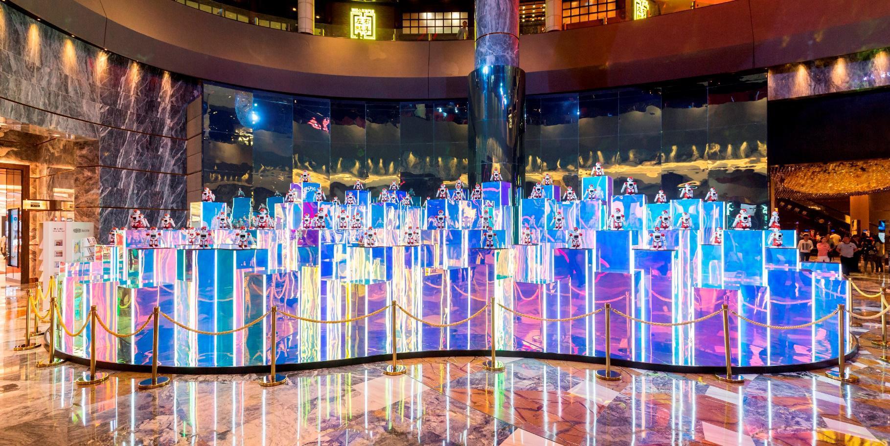 新濠天地隆重呈献「决胜机器人」大型装置展