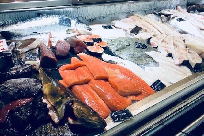 你吃的是三文鱼,还是寄生虫?看完吓出一身冷汗……的照片 - 18