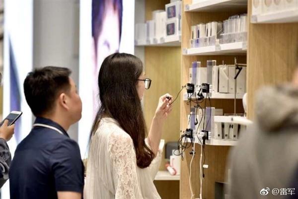 雷军晒中国最大小米之家旗舰店:6月16日正式开业的照片 - 5