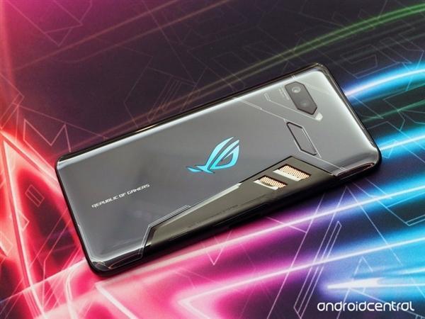 华硕ROG电竞游戏手机发布:骁龙845+512G存储的照片 - 1