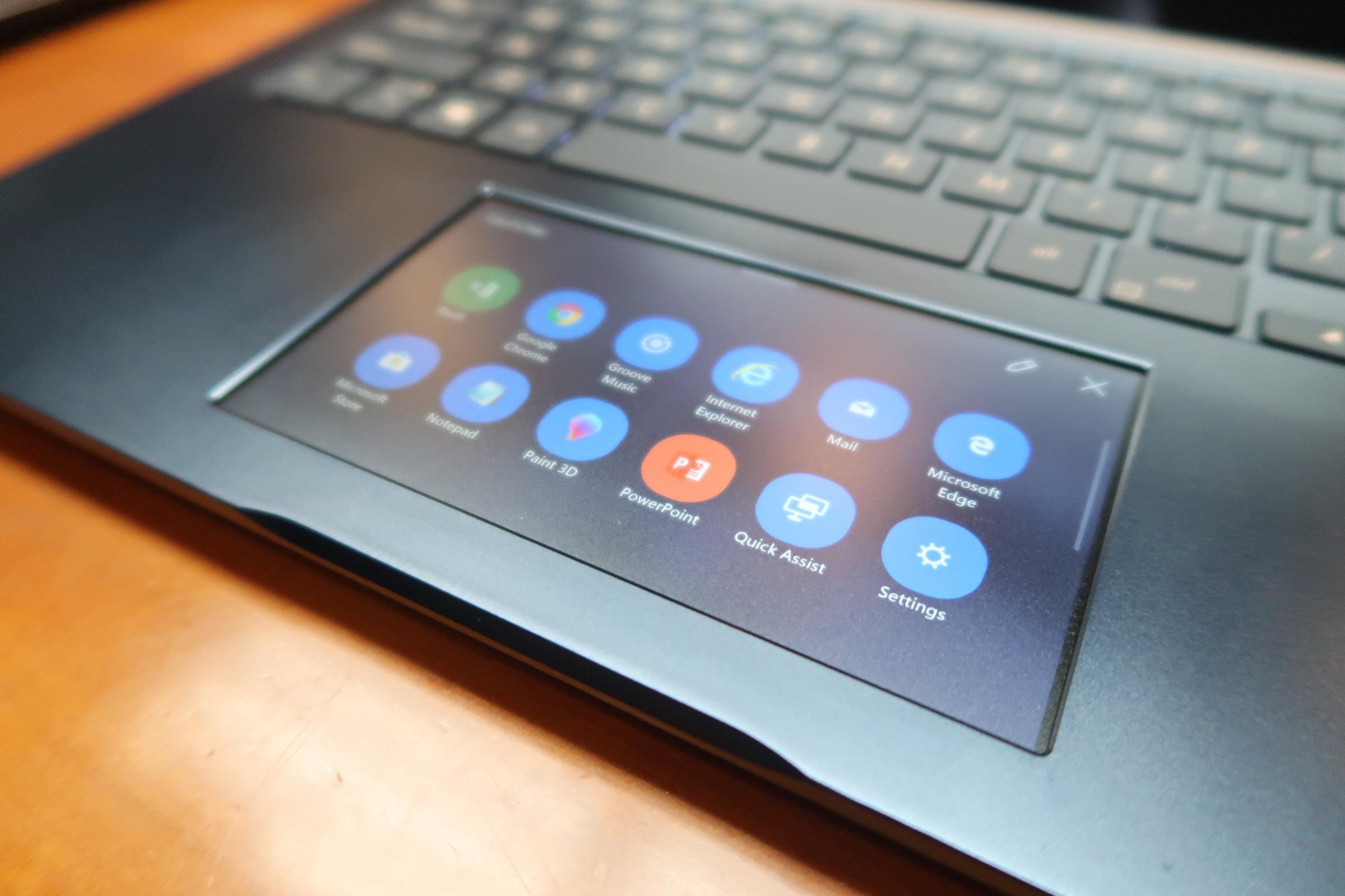 华硕灵耀X Pro上手体验:多一块屏幕 能否逆袭MacBook Pro?的照片 - 8