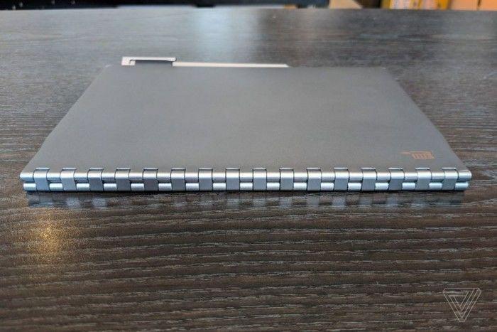 英特尔概念笔记本Tiger Rapids上手:E-INK屏替代键盘的照片 - 7
