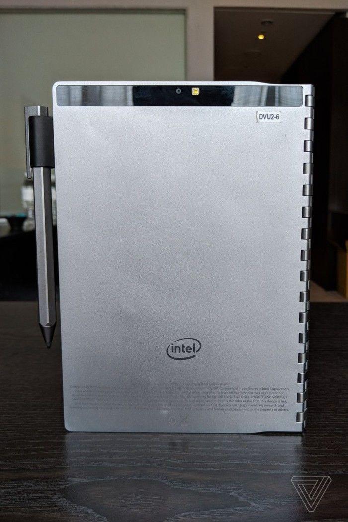 英特尔概念笔记本Tiger Rapids上手:E-INK屏替代键盘的照片 - 14