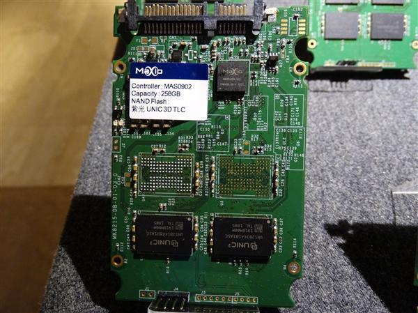 紫光TLC+联芸主控SSD测试:100%国产 性能不输原厂的照片 - 1
