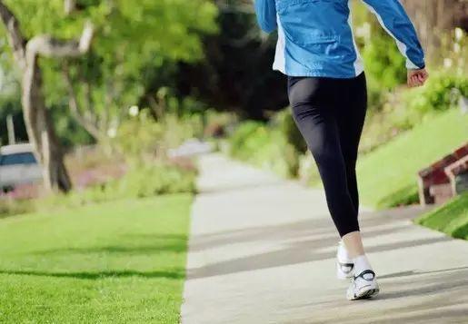 健步走一定要避开这七个误区否则健身成伤身