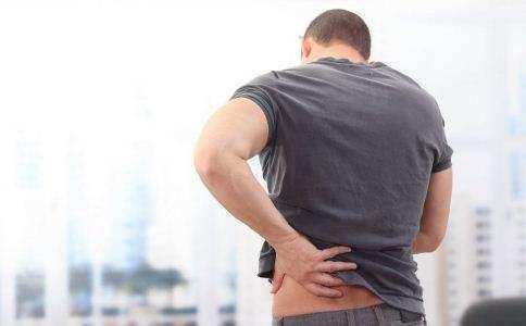 男性早上和夜晚,如果有这4个症状,说明你可能已经开始衰老了