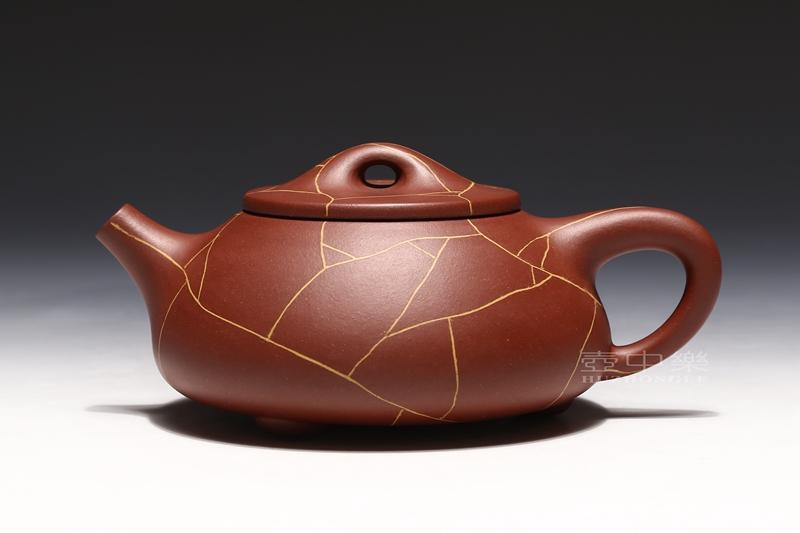 宜兴紫砂壶-陈亚萍紫砂壶-冰纹石瓢-趣淘壶
