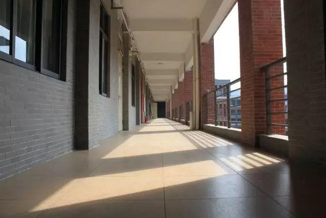 160分也能报读的本科院校-中山大学新华学院