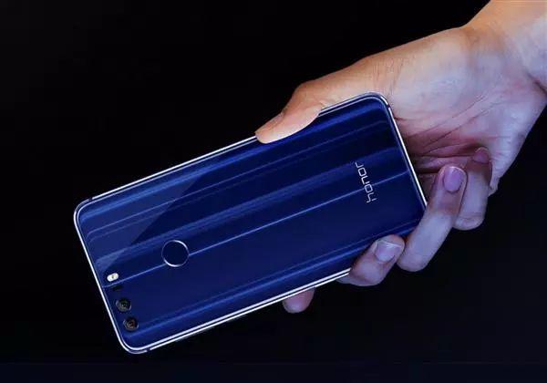 华为+荣耀7款老爷机齐升安卓8.0:最近两年全覆盖的照片 - 3