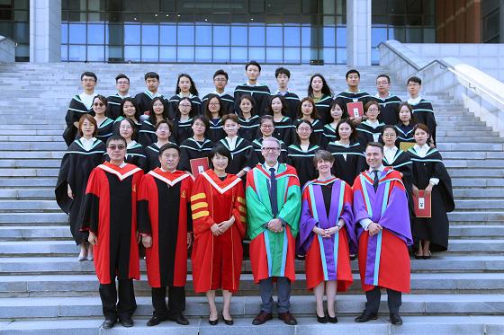 中国新一代医药行业的领英今日毕业