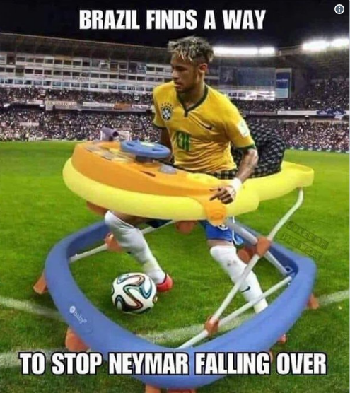 内马尔世界杯14分钟倒地翻滚遭网友吐槽:他需要婴儿学步椅的照片 - 9
