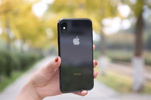 研究:iPhone用户最可能为高收入人群的照片 - 1