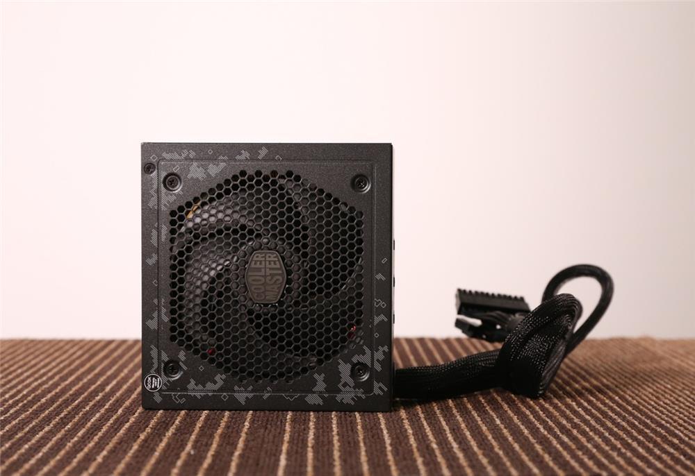 低负载风扇停转!酷冷至尊750 TUF Gaming Edition电源评测的照片 - 7