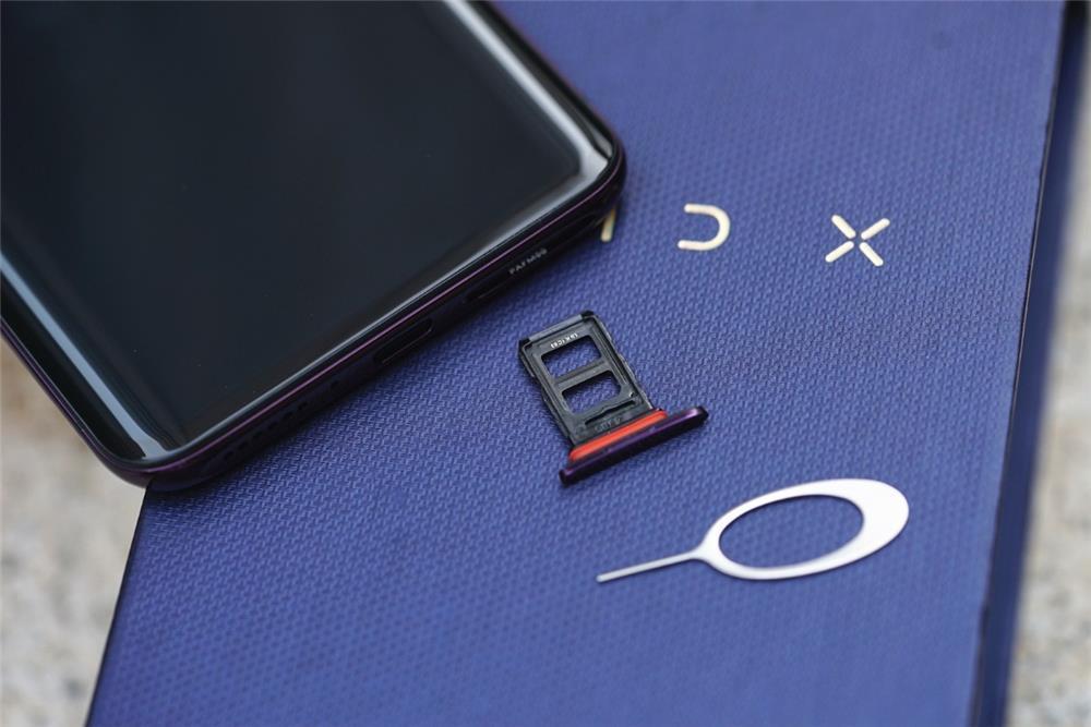 50W快充+升降式摄像头 OPPO Find X评测:未来已来的照片 - 7