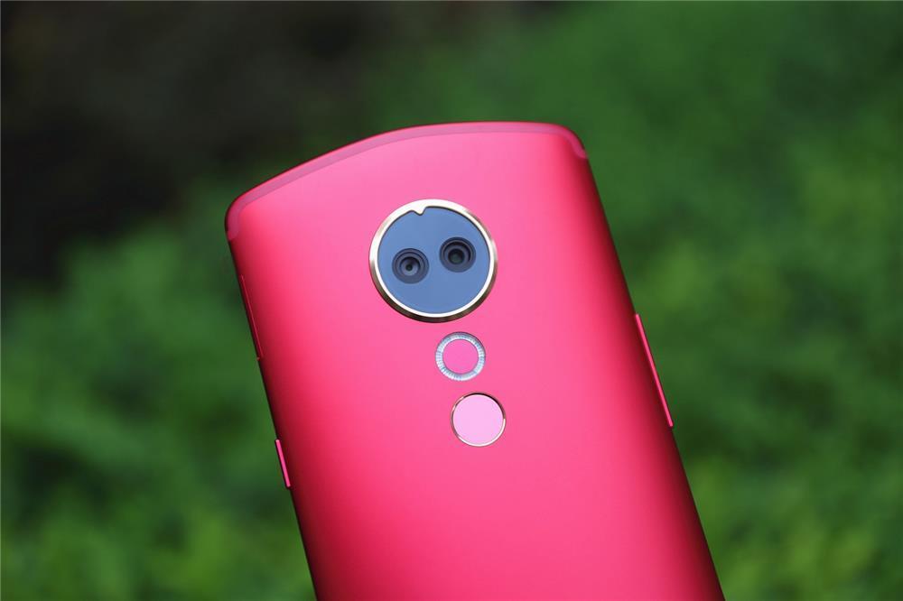 美图T9评测:第一台全身美型的手机的照片 - 7