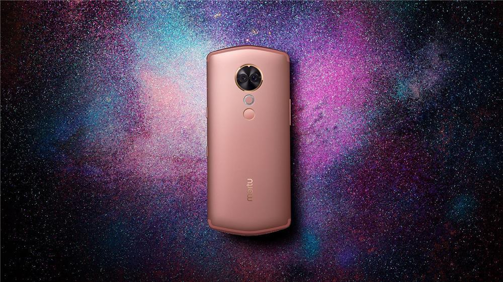 美图T9评测:第一台全身美型的手机的照片 - 1