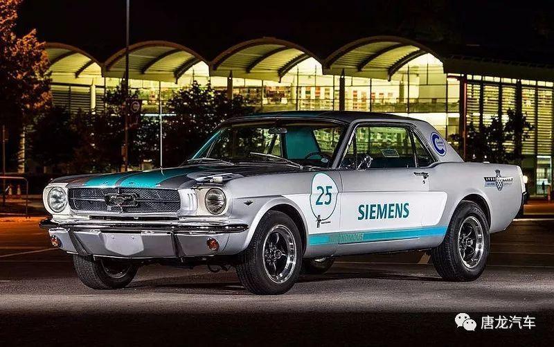 【首度挑戰!】Siemens打造的1965年FordMustang看來像酒駕?!