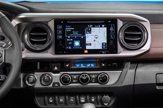丰田世界移动大会展出全新车载互联终端