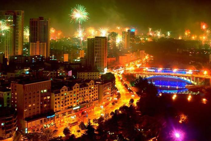 """铜仁市gdp_贵州最""""懒惰""""的城市,GDP增速倒数第一,不是铜仁也不是六盘水"""