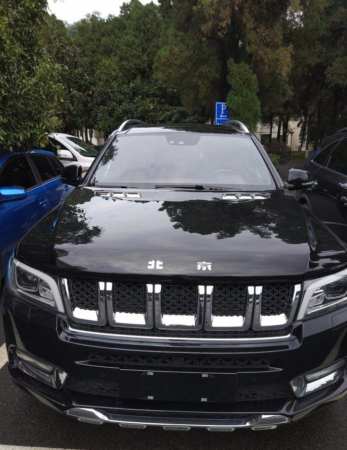 4S店实拍北京bj90,比奔驰GLS还大,售价也终于有了实锤