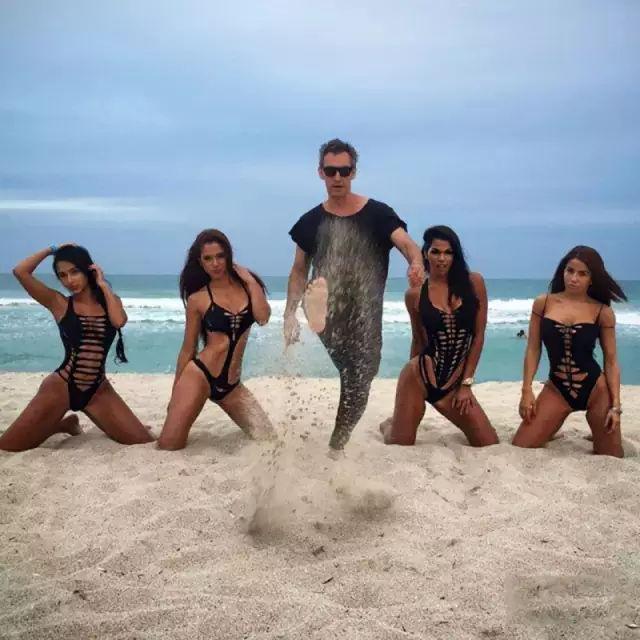 美国时尚设计师Adam Saaks
