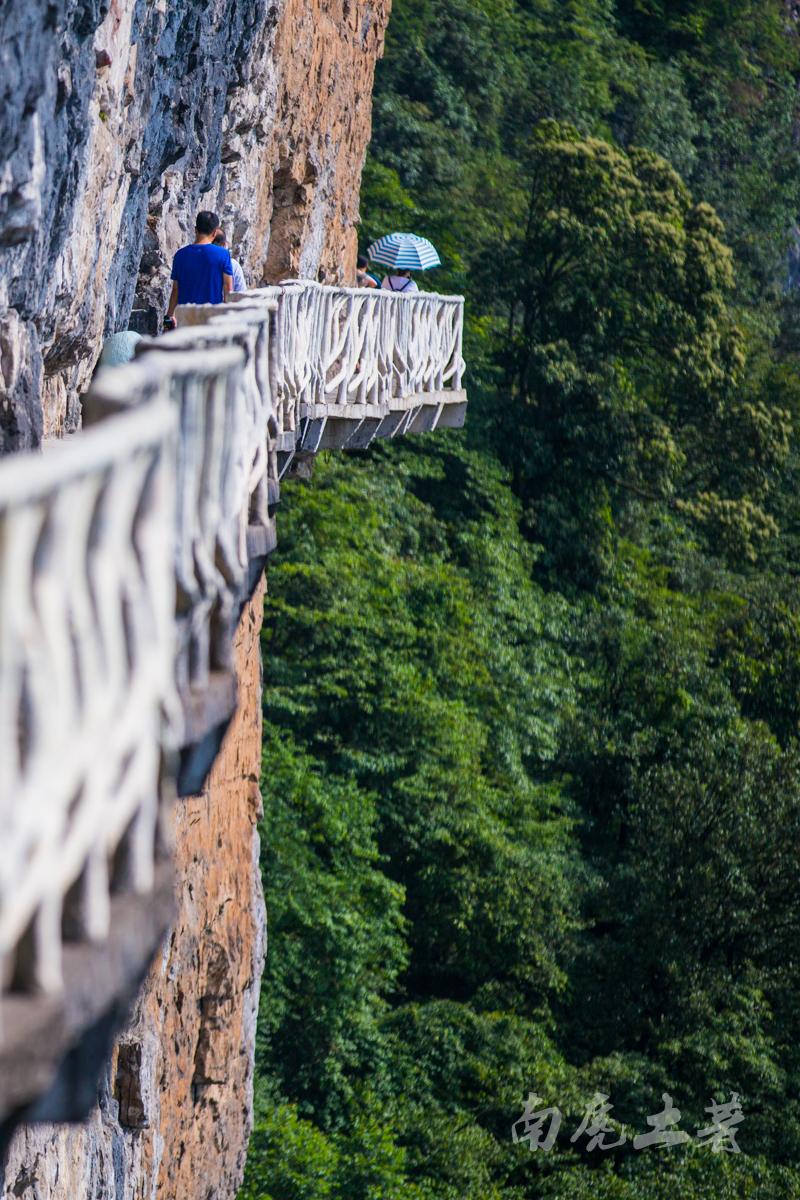 中国海拔最高的绝壁栈道,又发现一个醉美日落地