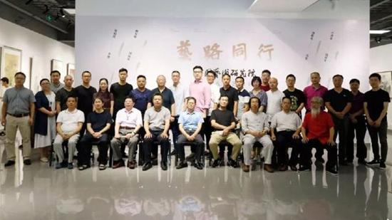 艺路同行——中国艺术研究院2018届艺术硕士学术邀请展在京举行