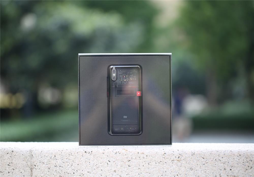 """3699元 小米8透明探索版评测:一记完美""""露背杀""""的照片 - 4"""