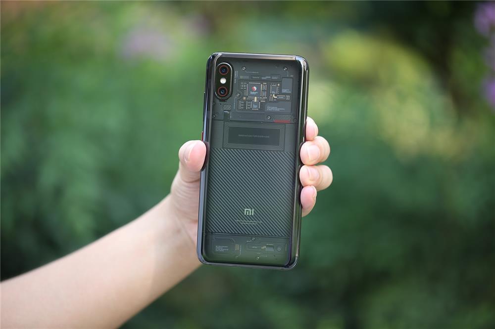 """3699元 小米8透明探索版评测:一记完美""""露背杀""""的照片 - 8"""