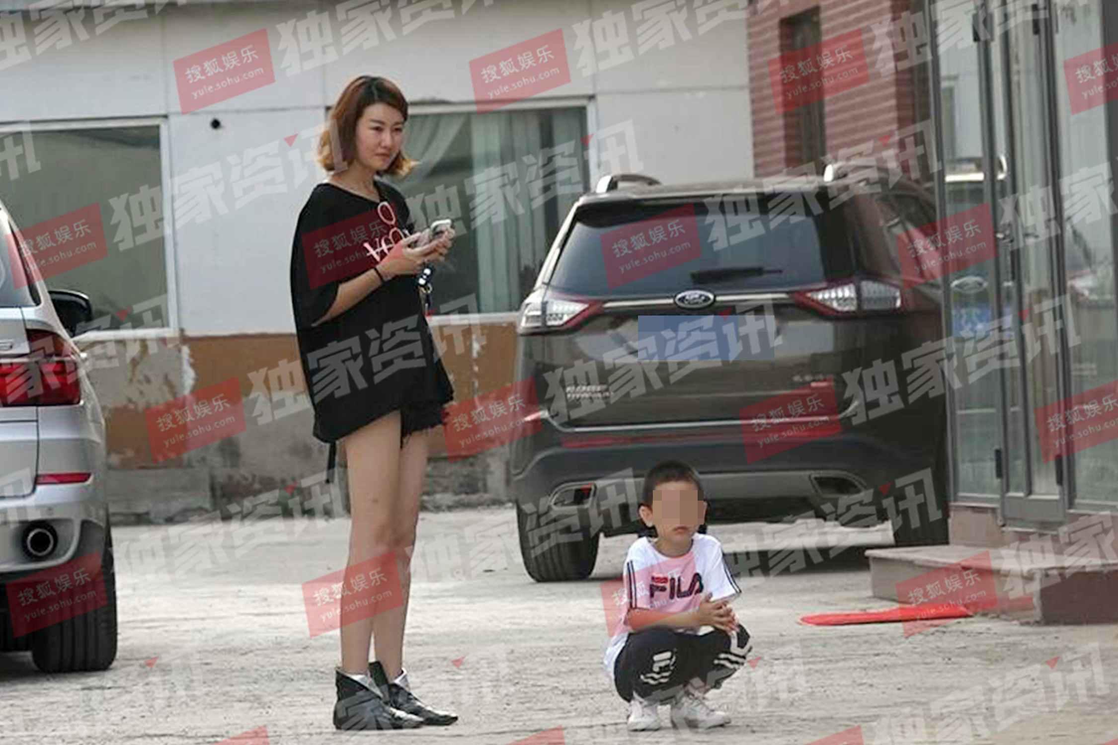 王宝强新欢身份疑似为电视台主持人