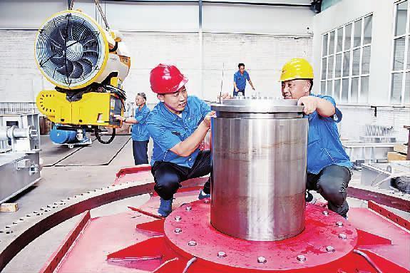 发展冰雪装备制造产业助推传统工业转型升级