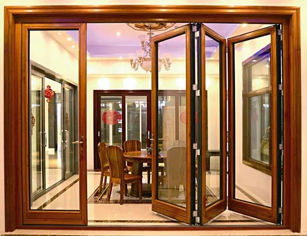 铝木折叠门