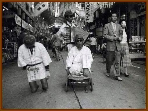 日本退伍老兵的战后生活,为何沦落街头乞讨?(图5)