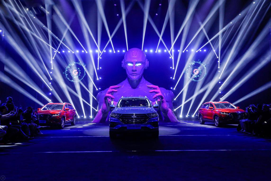 斯威汽车旗下全新G平台首款车型斯威G01正式上市