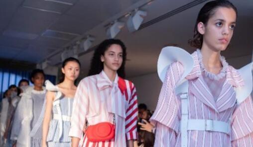 设计师品牌XIAO LI 2019春夏系列:毛里求斯的浪漫夏日