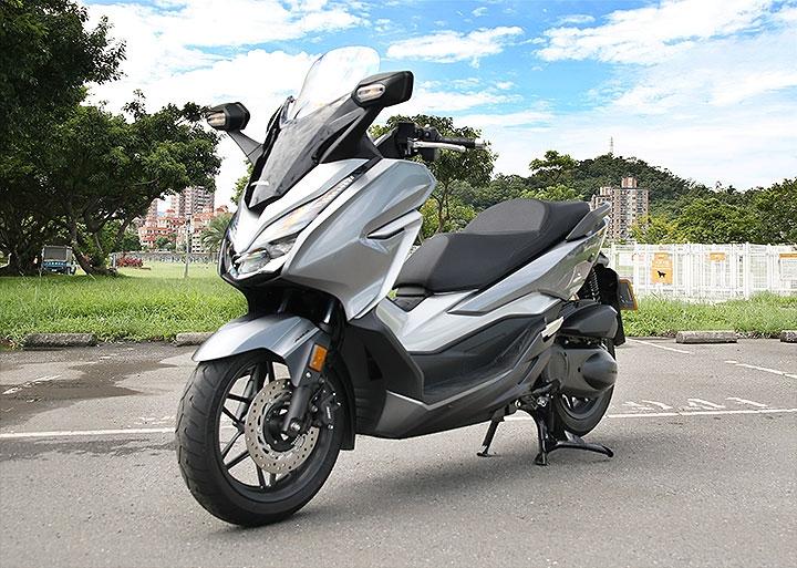试驾本田NSS300 这台摩托真的太太太好骑